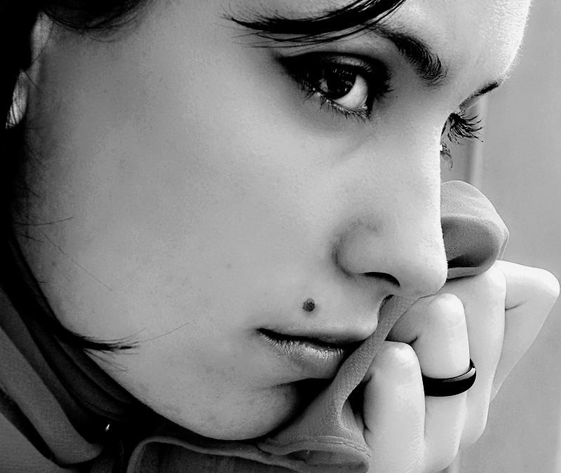 Magia kobiecego spojrzenia to perfekcyjny makijaż oczu