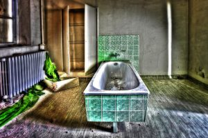 bath-426384_960_720